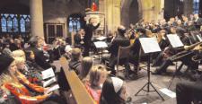 Stunde der Kirchenmusik für Kinder in der Kilianskirche mit Rebecca Manoras als Vorleserin auf der Kanzel.Foto: Monika Köhler